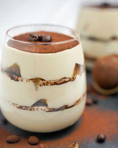 Tofu tiramisu Food Cakes, Coffee Cafe, Tofu, Tiramisu, Panna Cotta, Cake Recipes, Pudding, Ethnic Recipes, Desserts
