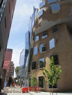 Dr Chau Chak Wing Building, UTS Gehry