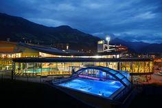 Noclegi w Austri, tania rezerwacja Spa, Hotels, Austria, Opera House, Building, Wellness, Travel, Lifestyle, Ski Trips