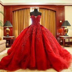 Encuentra el mejor vestidos de boda rojos del vestido de bola de lujo de michael cinco encaje vestido de boda gótico de calidad superior del tren del barrido del amor del cordón vestido civil de 2016, a precio al por mayor del proveedor vestidos de baile para bodas chino - gaogao8899 en es.dhgate.com.