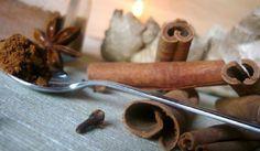 Domácí perníkové koření Thing 1, Korn, Christmas Baking, Cinnamon Sticks, Deserts, Spices, Food And Drink, Herbs, Cooking