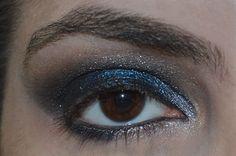 Maquiagem azul e preta - blue smokey eyes