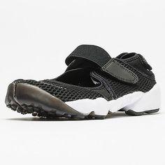 19ff57a38c9 Nike Air Rift BReathe Womens 848386-001 Black Ultramesh Hybrid Shoes Size 8 Nike  Air