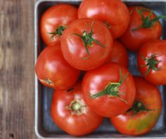 Fresh tomatoes from the garden for making homemade tomato soup