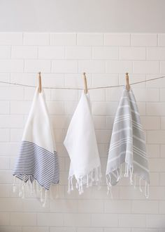 Lapiz Hand Towel from Ninespace.