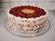 Erdbeer - Eierlikör - Torte