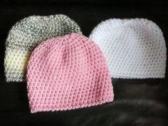 Intussen heb ik al 22 mutsjes gehaakt voor India, waarvan 4 al naar kraam cadeautjes zijn gegaan.  Dit zijn mijn laatste 3 mutsjes: Deze mut... Crochet Girls, Crochet Baby Clothes, Crochet Baby Hats, Love Crochet, Diy Crochet, Baby Hats Knitting, Baby Knitting Patterns, Knitted Hats, Crochet Patterns