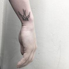 Geometric swallow on babe Sian thanks darling ✨ based on customer reference Back Of Leg Tattoos, Cool Wrist Tattoos, Tattoo Designs Wrist, Small Tattoos For Guys, Small Tattoo Designs, Tattoo Designs For Women, Body Art Tattoos, Swallow Tattoo Wrist, 3 Tattoo