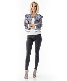 Short printed jacket | Gina Tricot New Arrivals | www.ginatricot.com | #ginatricot