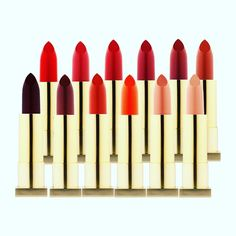Kevyn Aucoin lipsticks These lipsticks leave lips glossy with a matte finish. The formula is rich in special esters and emollient ingredients, stays bright and luminous all day long. Kevyn Aucoin, Organic Makeup, Fall Makeup, Makeup Tips, Makeup Products, Iron Oxide, Your Lips, Lip Colors, Makeup Cosmetics