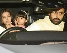From Vidya Balan To Malaika: B-Town attends Aishwarya Rai Bachchan\'s father\'s chautha