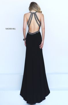 Sherri Hill dresses are designer gowns for television and film stars. Find out why her prom dresses and couture dresses are the choice of young Hollywood. Grad Dresses Long, Trendy Dresses, Homecoming Dresses, Nice Dresses, Short Dresses, Formal Dresses, Dress Prom, Dress Long, Matric Dance Dresses