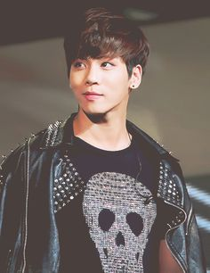 What a beautiful smile from our Bling Bling Dino jjong!