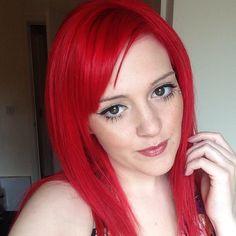 @lozzieaimee's big doe eyes look beautiful with #PillarboxRed hair.