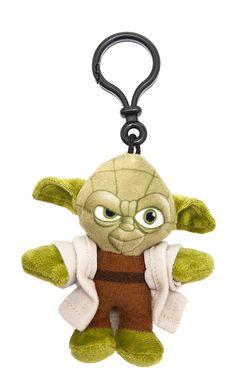 Llavero de peluche Yoda 8 cm. Star Wars Episodio VII. Joy Toy Estupendo llavero de peluche del personaje de Yoda de 8 cm de altura y fabricado en materiales de alta calidad, 100% en poliéster además de 100% oficial y licenciado. Es un artículo que encantará a los fans de la entrega de Star Wars Episodio VII.