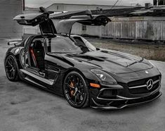 Luxury Sports Cars, 4 Door Sports Cars, Best Luxury Cars, Sport Cars, Mercedes Amg, Mercedes Wheels, Mercedes Black, Audi Black, Black Cars
