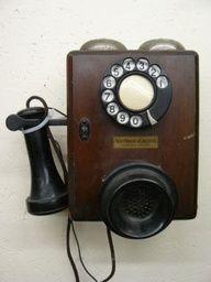 Antique Northern electric oak phone