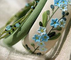 Floral bangle bracelet - Forget me not Bangle set - Polymer clay floral bracelets - Blue flowers - Sky blue green ivory - Multi strand Simple Bracelets, Bangle Bracelets, Thread Bangles Design, Polymer Clay Bracelet, Himmelblau, Polymer Clay Miniatures, Bangle Set, Bracelet Set, Flower Bracelet