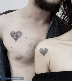 Couples Matching Tattoos for Valentines Day - Fingerprint Heart Tattoo - Paar tattoo - tatowierung Couple Tattoo Heart, Couple Tattoos Love, Love Heart Tattoo, Couple Tattoo Ideas, Tattoo Hearts, Trendy Tattoos, Unique Tattoos, Tribal Tattoos, Tattoos For Women
