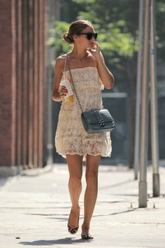 See pictures and shop the latest fashion and style trends of Olivia Palermo, including Olivia Palermo wearing Clothes, Shoes, Handbags and more. Estilo Olivia Palermo, Olivia Palermo Street Style, Olivia Palermo Lookbook, Mode Outfits, Summer Looks, Style Summer, Star Fashion, London Fashion, Her Style