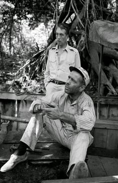 En el set de 'La reina de África' (1951), dirigida por John Huston, con Humphrey Bogart y Katharine Hepburn