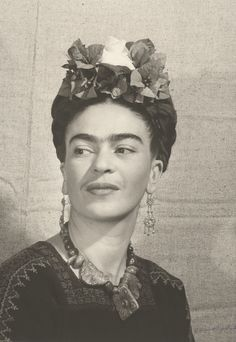 Bernard Silberstein, Frida with Flowers in Her Hair, 1940