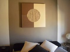 This site is in Spanish, but it translates and has some fantastic ideas!  Like this one, for instance....beautiful DIY picture!