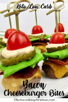 Bacon Cheeseburger Bites - Keto and Low Carb Adorable little mini cheeseburgers topped with bacon, lettuce, tomato, pickle and of course the homemade thousand island dressing! Egg Roll Recipes, Slider Recipes, Low Carb Recipes, Healthy Recipes, Lunch Recipes, Tailgating Recipes, Tailgate Food, Tailgate Parties, Homemade Thousand Island Dressing