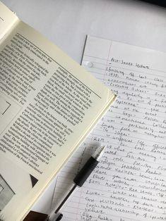 Study Board, Book Study, Study Notes, Work Motivation, School Motivation, Hate School, Study Organization, School Study Tips, Book Aesthetic