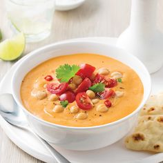 Soupe-repas aux tomates, lentilles et pois-chiches - Je Cuisine Clam Chowder, Clams, Cheeseburger Chowder, Thai Red Curry, Food And Drink, Cooking Recipes, Ethnic Recipes, Desserts, Discovery