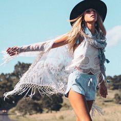 Boho bohemian hippie hippy gypsy tati tati cowgirl. For more followwww.pinterest.com/ninayayand stay positively #pinspired #pinspire @ninayay