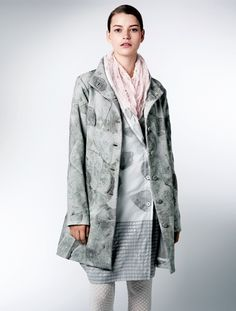 Centering on high-quality textiles developed in Japan with crafting techniques from India, HaaT offers a range of long-lasting clothes and accessories with a handcrafted touch. Issey Miyake, Japanese Fashion, Fashion Outfits, Womens Fashion, Kenzo, Cupboard, Ready To Wear, Raincoat, Textiles