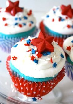 4th of July or soldier's homecoming cupcake idea~