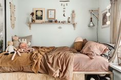 The Beautiful, Charming and Stylish Bedroom of Sonny Lou - NordicDesign Girl Room, Girls Bedroom, Bedroom Decor, Kid Bedrooms, Childrens Bedroom, Child Room, Design Bedroom, Bedroom Lighting, Bedroom Wall