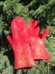 """""""Firebird"""" felted mittens"""