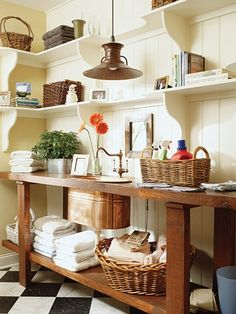 Effective Laundry Room Organization Ideas : Rustic Farmhouse Laundry Room Design Ideas Solid Wood Table