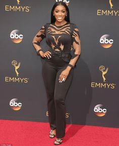 Porsha Williams at the 2016 Emmys. I like the top, but she should have worn a black full length straight skirt, which is why she didin't make the fabulous board. Black Celebrities, Celebs, Housewives Of Atlanta, Real Housewives, Porsha Williams, The Emmys, Green Gown, Reality Tv, Fantasy Characters