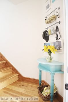 DIY Projects - love the Ikea hangers over the mini-half table. Interior Design Blogs, Modern Interior, Interior Decorating, Hallway Decorating, Ikea Hangers, Ikea Hooks, Diy Projects Love, Half Table, Circle Table