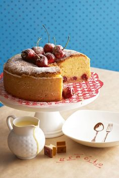 awesome simple cake for the tea