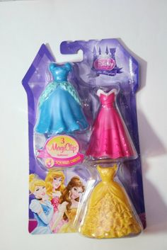 Amazon.com: Disney Princess Little Kingdom 3 MagiClip Fashions - Cinderella: Toys & Games