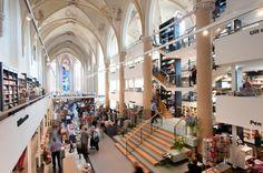 boeken, films & muziek winkel Waanders In de Broeren in Zwolle - foto 2