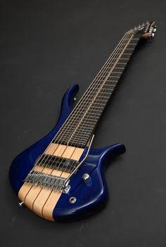 10 Strings Guitar, bass/guitar same neck with trem, oh yeah! Music Guitar, Guitar Amp, Cool Guitar, Guitar Pics, Guitar Chords, Custom Bass Guitar, Custom Guitars, Elvis Presley, Rick E