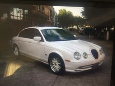 Jaguar modelo R-Type 2007 Te imaginas llegar a tu boda en un auto así ? Contacta a: Rolls Royce Mexico   renta@rollsroycemexico.com info@autosantiguos.com.mx renta@unjaguar.com.mx