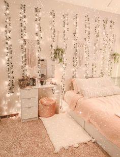 Cute Bedroom Decor, Bedroom Decor For Teen Girls, Room Design Bedroom, Stylish Bedroom, Room Ideas Bedroom, Teen Bedroom, Bedroom Inspo, Dream Bedroom, Pretty Room