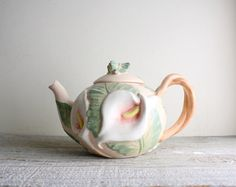 Vintage Fitz and Floyd Calla Lily Teapot by shavingkitsuppplies
