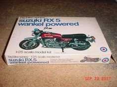 Vintage Suzuki RX5 Wankel Motorcycle 1/25th Scale Big Bikes Series Entex 8494R #Entex