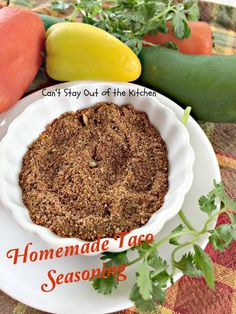 Homemade Taco Seasoning – Gluten Free Healthy alternative to taco seasoning packets at the grocery store. Gluten free, vegan, NO MSG, preservatives or fillers! Taco Seasoning Packet, Seasoning Mixes, Easy Homemade Recipes, Homemade Tacos, Free Recipes, Mexican Dishes, Mexican Food Recipes, Taco Salad Recipes, Homemade Taco Seasoning