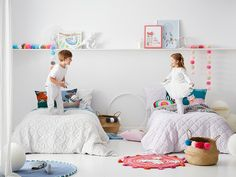 Twins shared bedroom idea for boy and girl