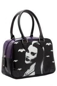 I have never wanted a purse so bad in my life!!!!