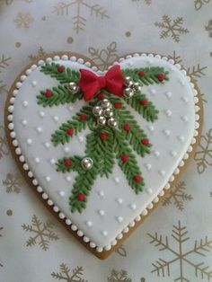 of the Best Christmas Cookie Recipes for the Holidays Christmas Biscuits, Christmas Sugar Cookies, Christmas Sweets, Christmas Goodies, Holiday Cookies, Christmas Baking, Fancy Cookies, Heart Cookies, Iced Cookies